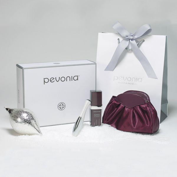 Pevonia Dazzling Glances | Organic Spa Magazine's 2013 Gift Guide: Eco-Beauty | #OrganicSpaMagazine