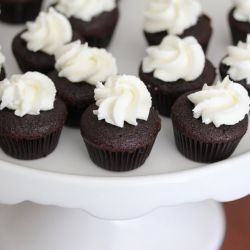 ... Stout cupcakes with Bailey's Irish Cream Mascarpone Cheese frosting