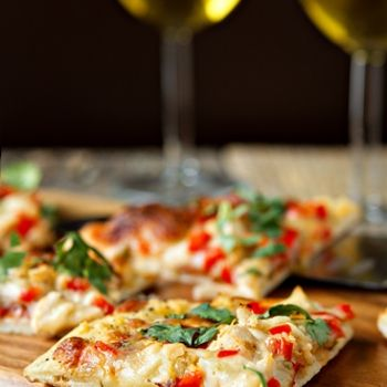Spicy Chicken and Pepper Jack Pizza   Eat Me, Drink Me   Pinterest