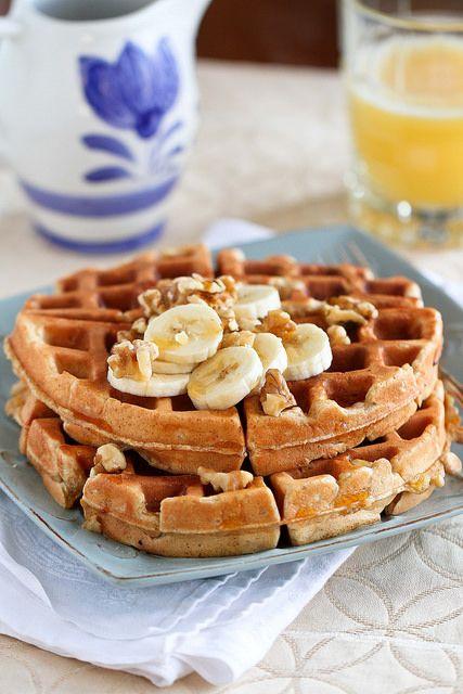 Banana Walnut Waffles Recipe | kickingitin.com #breakfast #waffles ...
