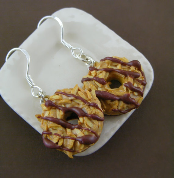 Caramel deLites - Girl Scout Cookie Earrings...NOMS!