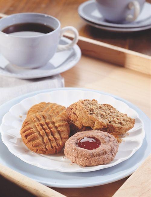 Whole Grain Peanut Butter Sandies | Food Glorious Food! | Pinterest