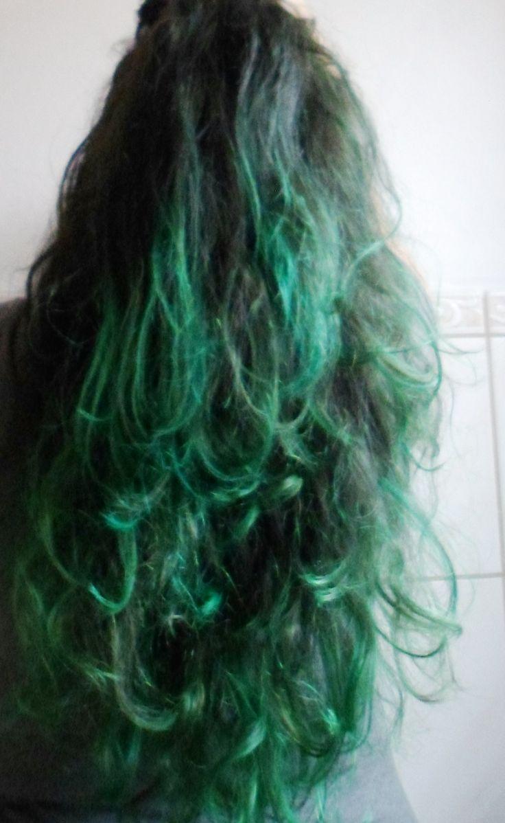 Ombre hair green