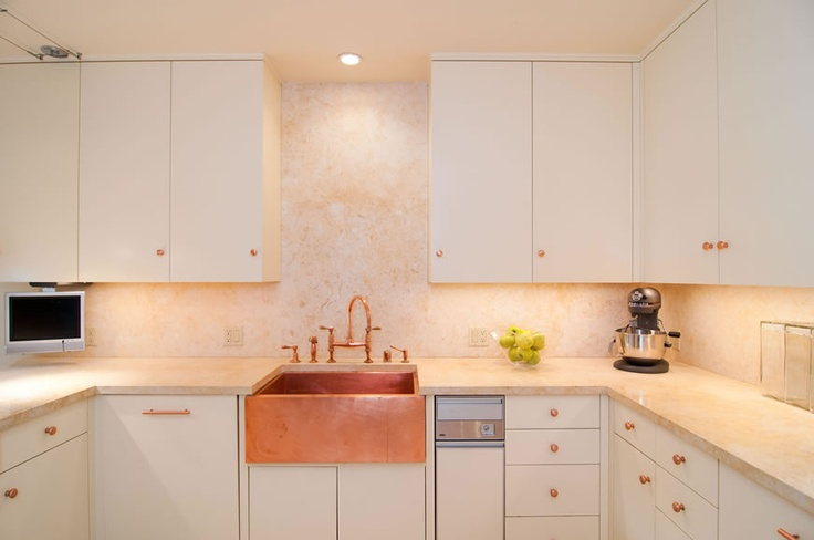Lovely copper accent kitchen copper pinterest - Kitchen with copper accents ...