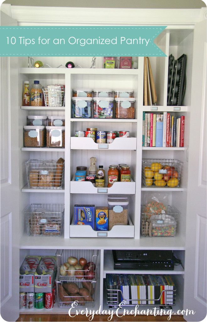 10 Tips for an Organized Pantry | EverydayEnchanting.com #pantry #organization