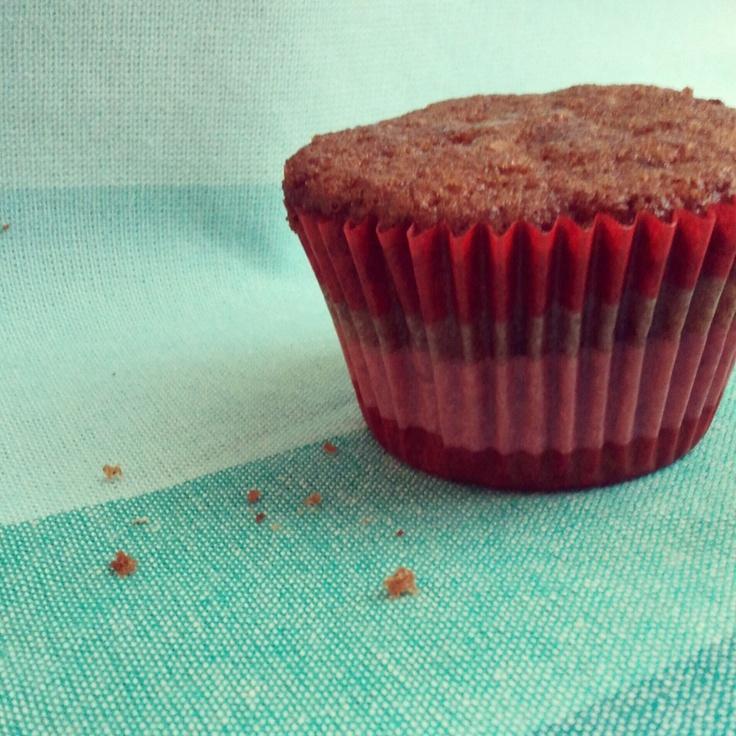 strawberry granola muffins. so good, i'll even pin it myself.