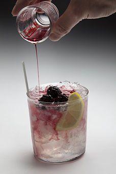 Bramble cocktail | The Bramble | Pinterest