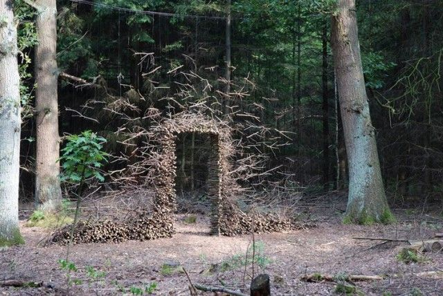 Gravity Defying Land Art by Cornelia Konrads...so cool, reminds me of Andy Goldsworthy!