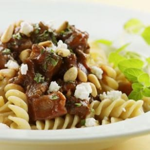 Rigatoni recipe with beef & eggplant ragu for less that 400 calories ...