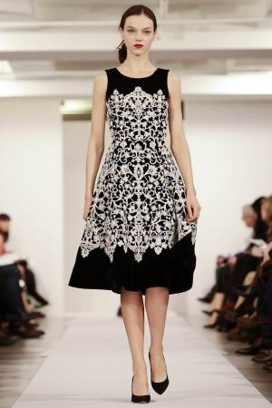 Oscar de La Renta Fall Winter 2013 Monochrome trend, Could work in other colours too.