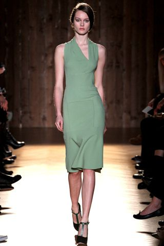 Love this colour - Roland Mouret - Ready-to-Wear, Fall 2012. Paris Fashion Week.