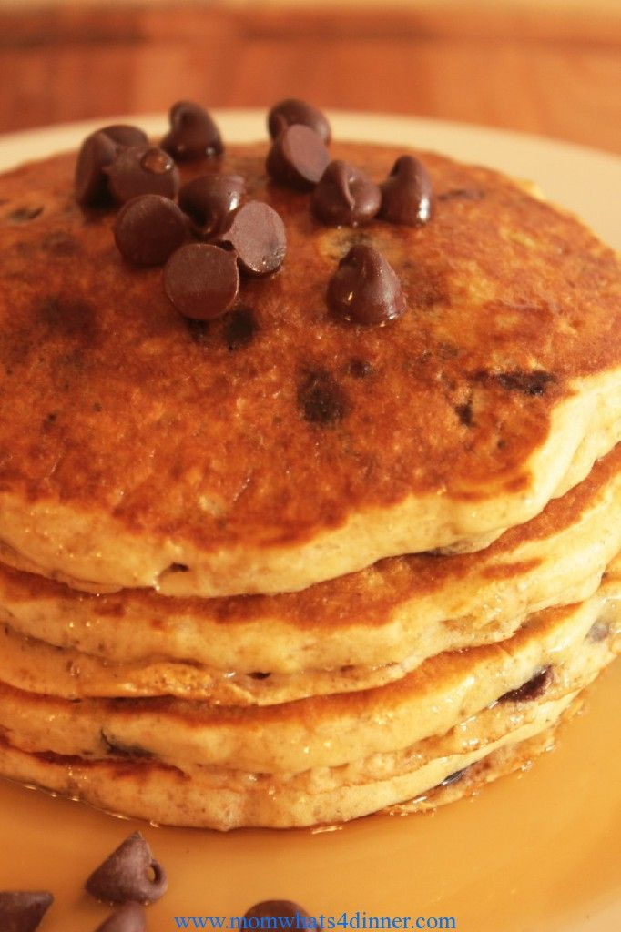 Oatmeal Chocolate Chip Pancakes --making these for breakfast tomorrow ...