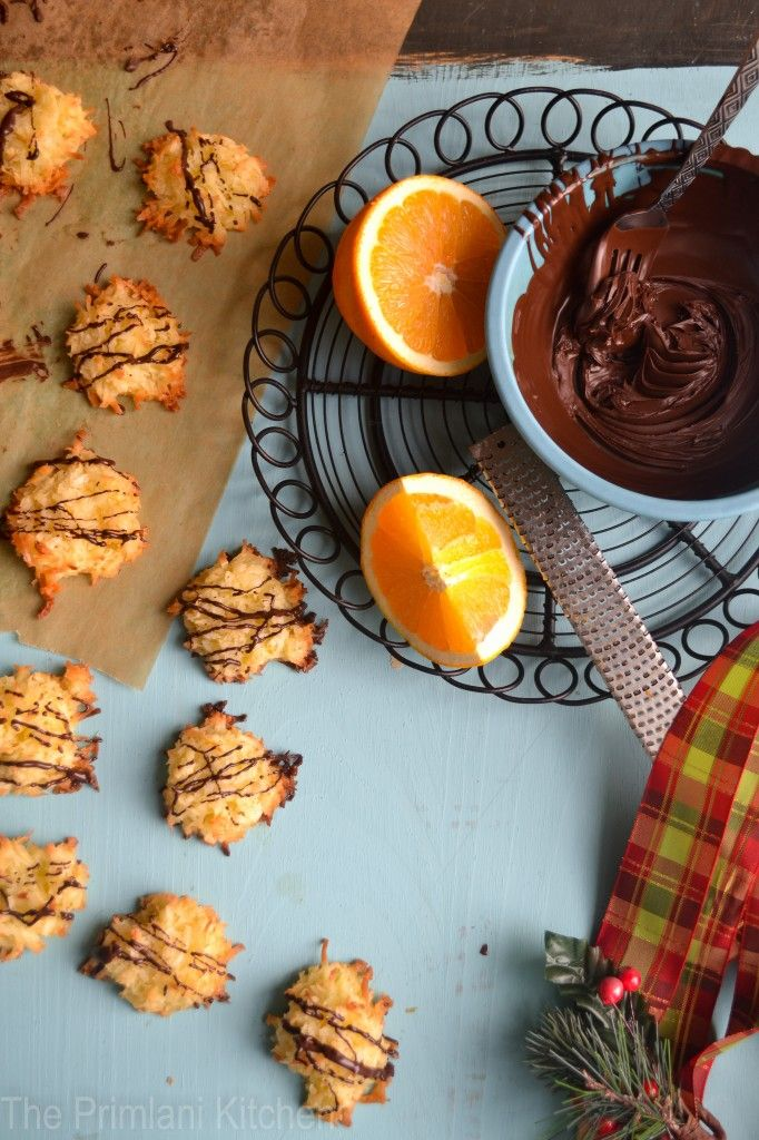 Chocolate Drizzled Coconut & Orange Macaroons: My New Favorite Cookie!