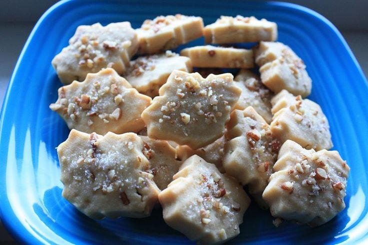 Maple Pecan Shortbread Cookies | Cookies Galore | Pinterest