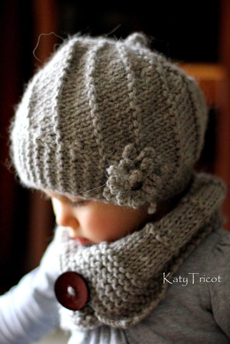 Knitting Patterns And Wool Sets : PDF Knitting Pattern Hat and Cowl Set