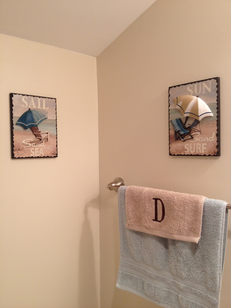 Beach themed bathroom decor basement project pinterest for Beach inspired bathroom designs