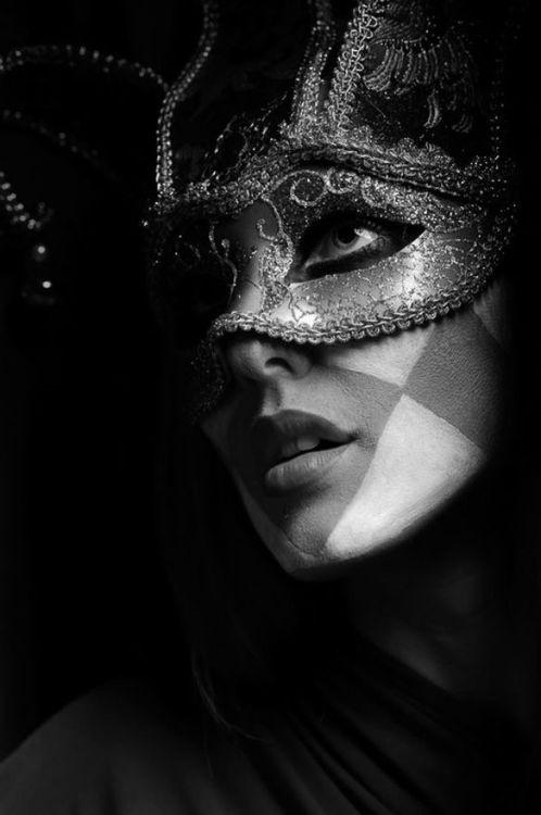 Maske - Page 7 24e0f6ff305a4da990ccc55c528ad75c