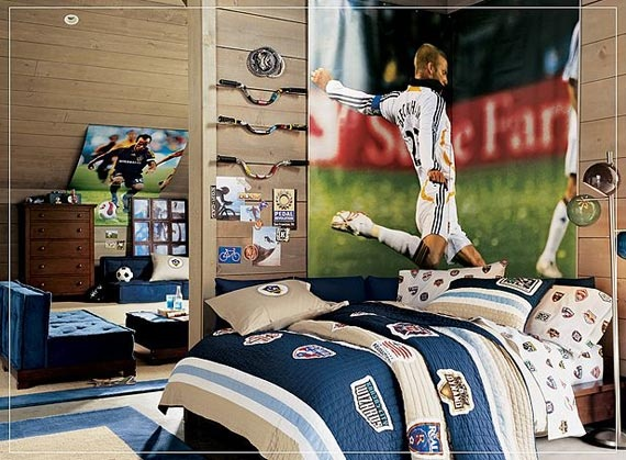 Football bedroom ideas for teen boys dormitorios ni os for Boys football bedroom ideas