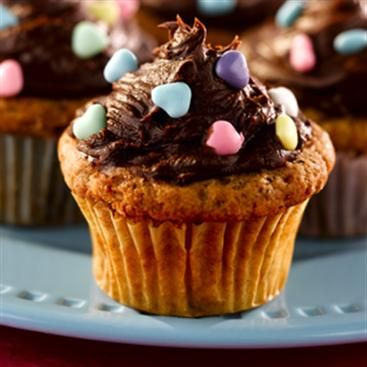 Banana Nut Cupcakes with Chocolate Cream Cheese Frosting | Recipe