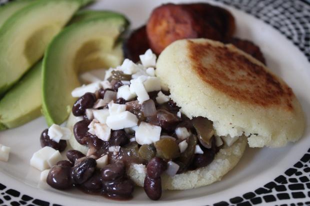 Venezuelan-style Arepas With Pulled Pork (Arepas Rumberas) Recipes ...