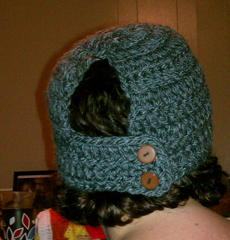 Free Crochet Patterns For Ponytail Hats : Tw-In Stitches: Toasty Warm Ponytail Hat Crocheting ...