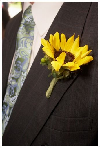 Sunflower Wedding Theme #yellow #wedding #inspiration