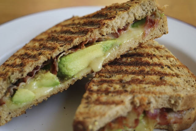 Avocado & Bacon Grilled Cheese Sandwich | Mangia Mangia! | Pinterest
