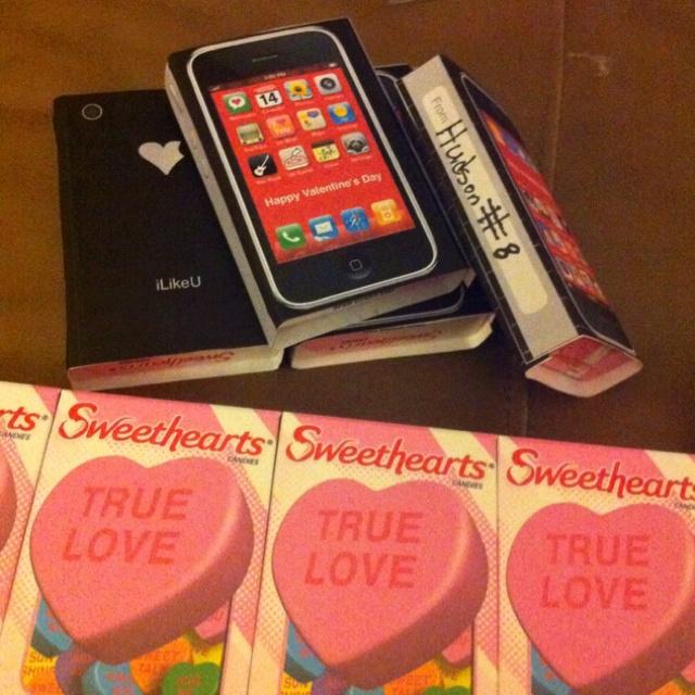 valentine iphone background