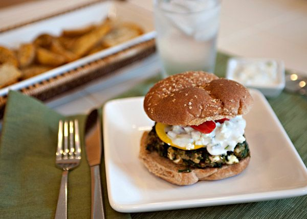 Greek Spinach Feta Burgers with Cucumber Yogurt Sauce...no meat!