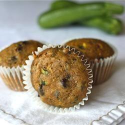 HEALTHY Chocolate Chip Pumpkin Zucchini Muffins - freeze well too!