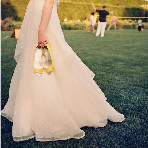 Yellow Wedding Shoes Lace Wedding Dresses