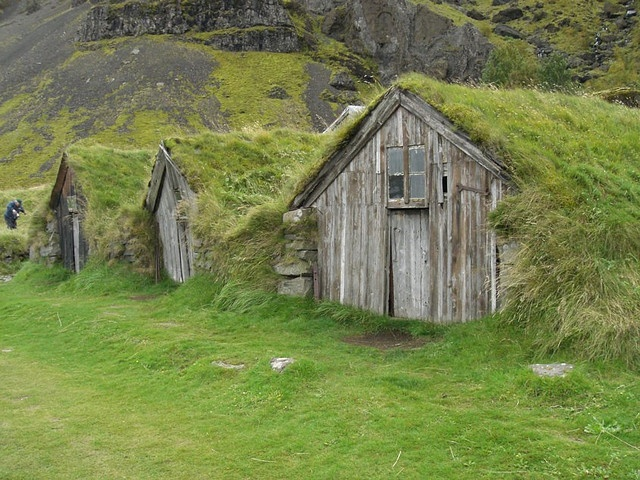Hobbit Houses Tiny Houses Pinterest