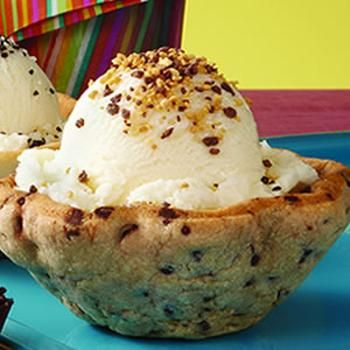 Chocolate Chip Cookie Bowls | Food!!! :)