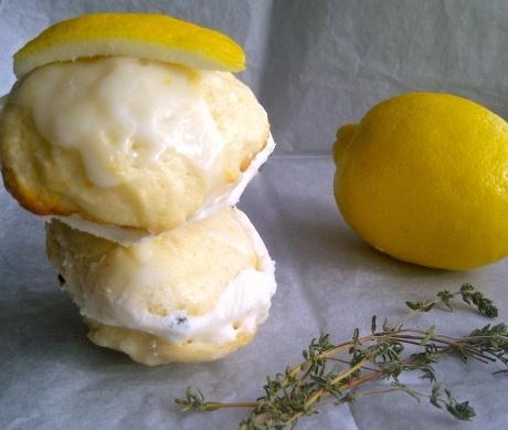 "honey lemon thyme ""ice cream"" (frozen greek yogurt) sandwiches"