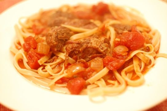 Short Ribs in Tomato Sauce | Delicious Dinners | Pinterest