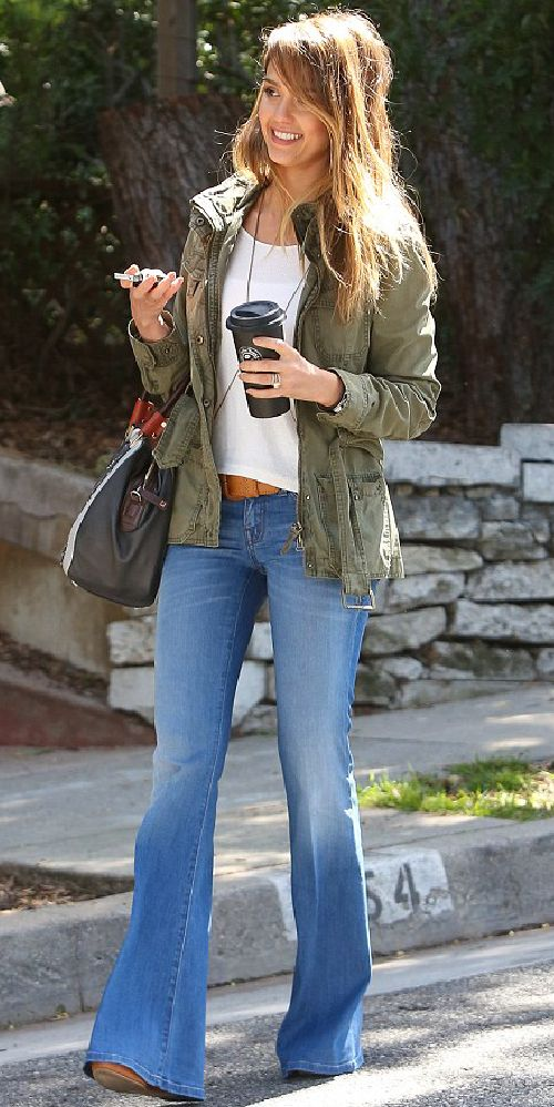 Mummy, Wife and Chaos: Flared Jeans - Jessica Alba style.
