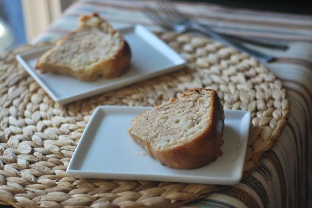 peaches 'n cream bundt cake | cake insanity :) | Pinterest