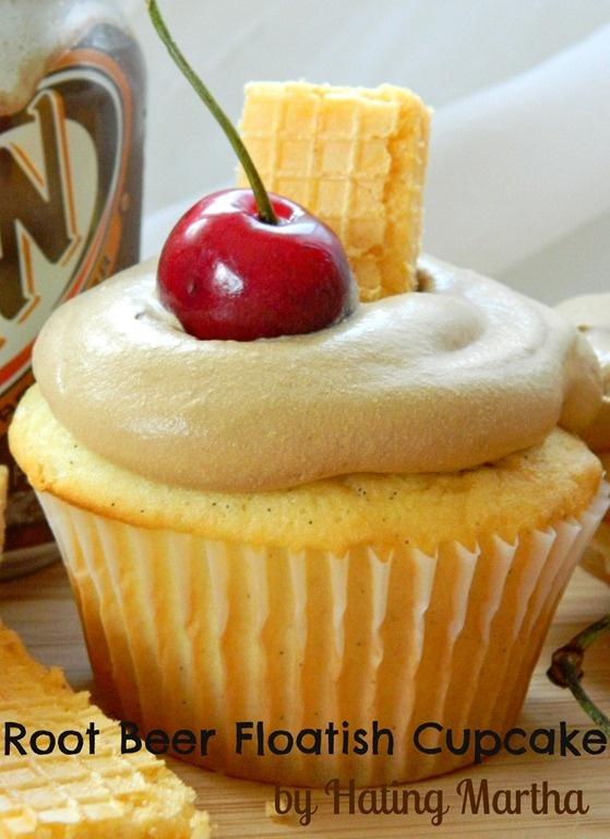 root beer float-ish cupcakes