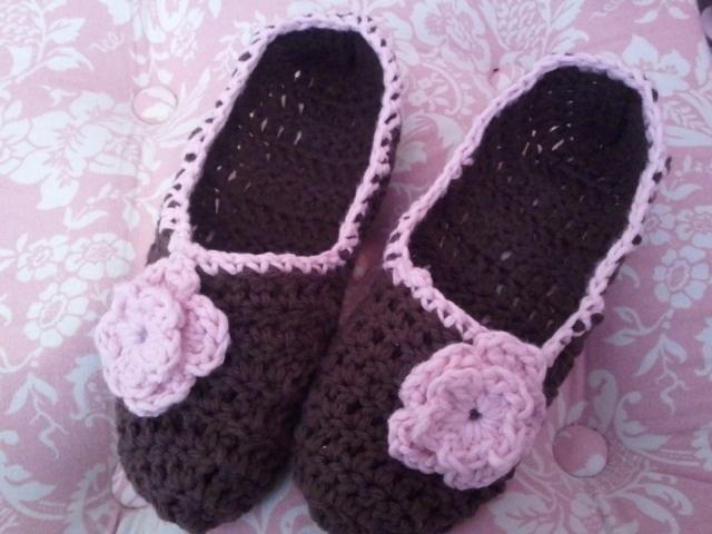 Crochet Pattern Central Slippers : Crochet Pattern Central Free Slipper Crochet Pattern ...