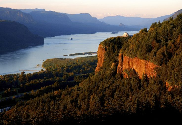 Columbia River gorge. OR