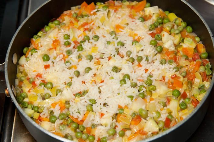 C mo hacer arroz con verduras i cook this pinterest - Como hacer verduras salteadas ...