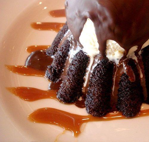Chocolate Molten Cake... cold vanilla ice-cream on a hot chocolate ...