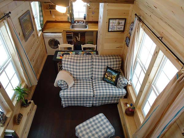 Living room dining kitchen tiny house interiors pinterest - Tips for living in a small space property ...