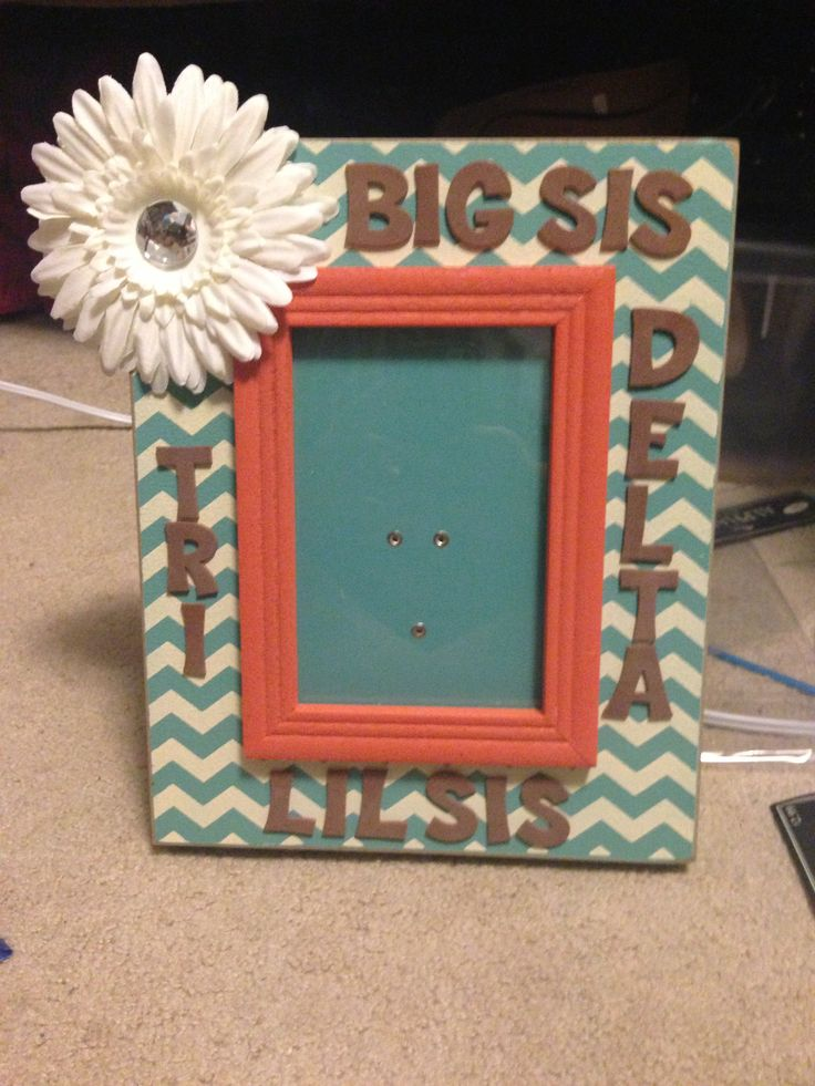 Sorority Crafts, Cute Sorority Crafts, Chevron Frame, Big Little Crafts