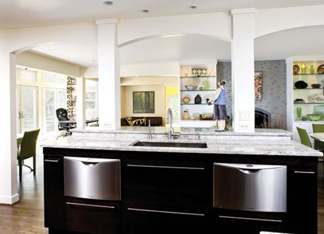 Small sink in bar area in kitchen dreaming of maple road pinterest - Bar area in kitchen ...