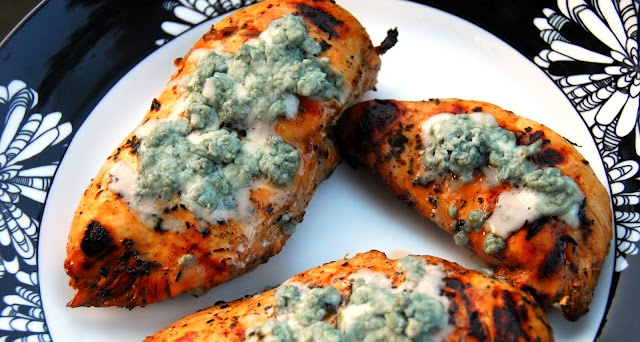 Herb Balsamic Chicken with Blue Cheese | Yummy | Pinterest