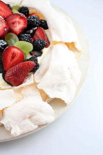 ... pavlova strawberry pavlova pavlova with summer berries kiwifruit