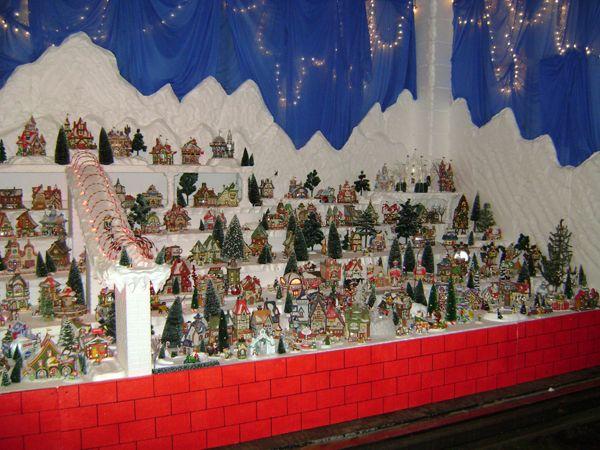 ... North Pole Village Display | Christmas Village Displays | Pintere