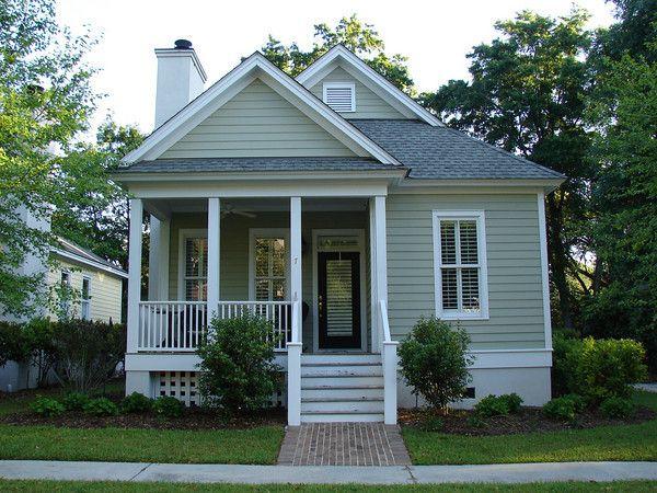 Quaint cozy cottages i love pinterest for Carolina cottage house plans
