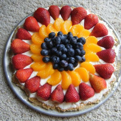 Strawberry Fruit Dessert Pizza | Berry-licious | Pinterest